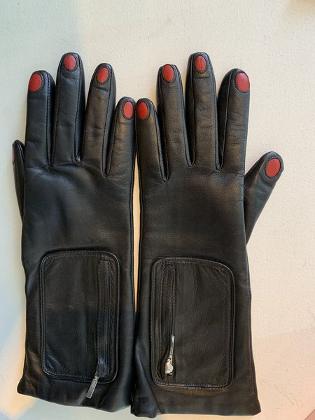 Aristide Nails glove - black