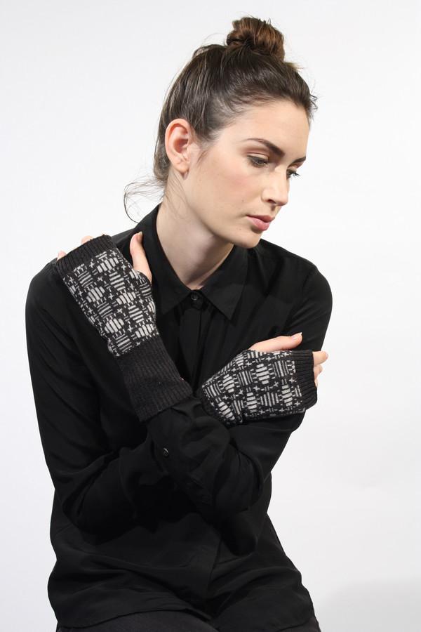 Micaela Greg Tile Fingerless Gloves
