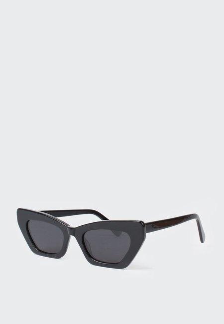 Mars Lotte Sunglasses - Black