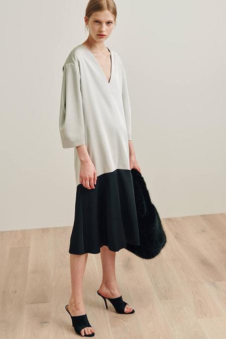Totême Two Toned Dress - Creme/Black