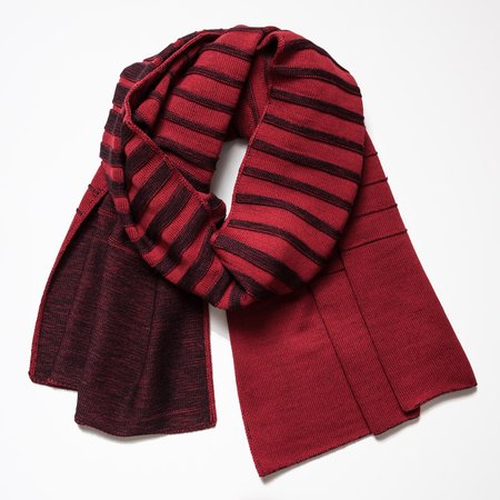 String Theory Gradient Shawl - Black/Red