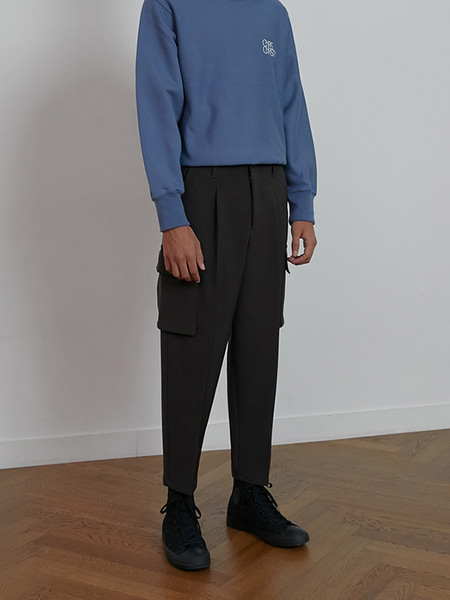 CHRISCHRISTY Cropped Cargo Pants - Charcoal Grey