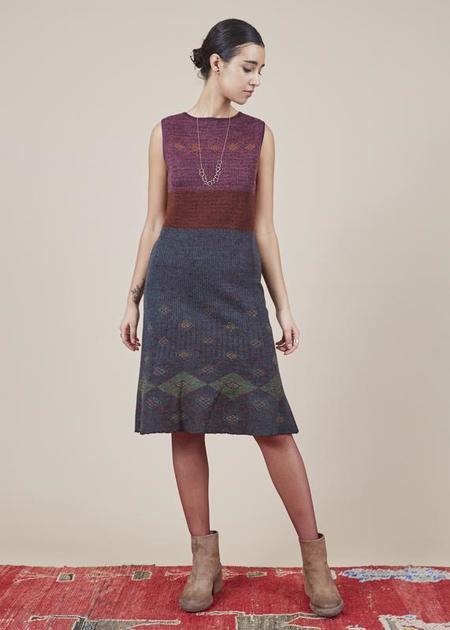 Butapana Sleeveless Argyle Knit Dress - red