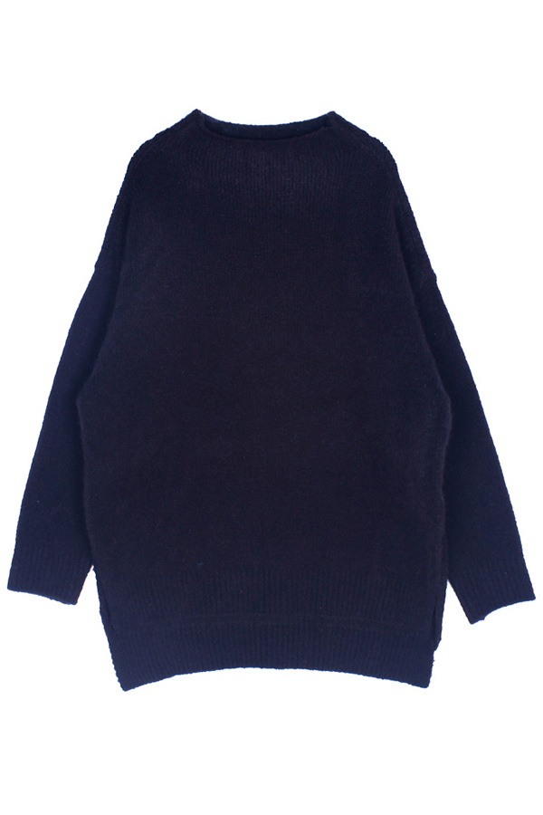 AMONG by ROCKET X LUNCH Round Oversized Knit- Black