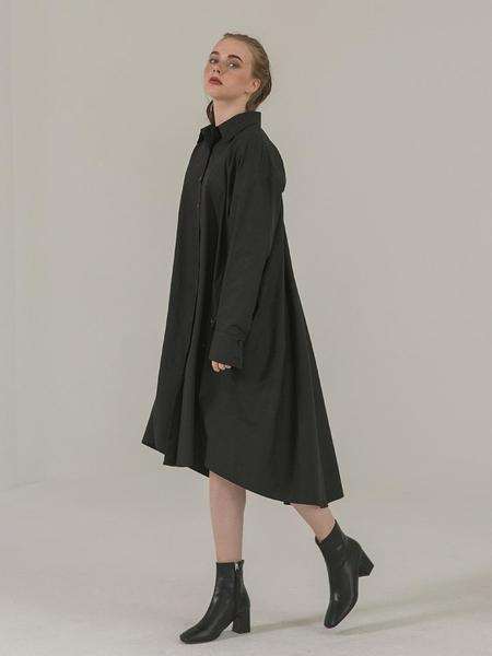 BROW END. Over Fit Button Shirt Dress - Black