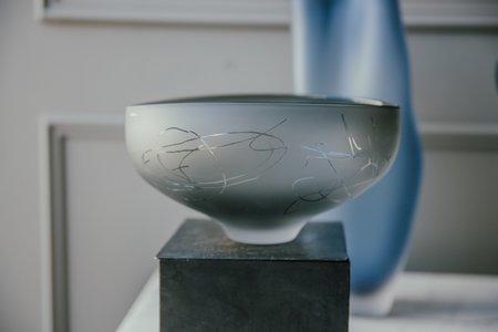 Jeff Goodman Studio Glass Bowl - Neutral Grey Scribe