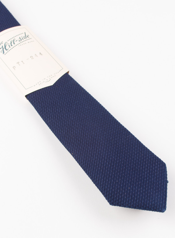The Hill-Side Pointed Tie Selvedge Lightweight Indigo Sashiko