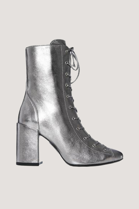 MAISON ERNEST Bandit Leather Booties - Silver