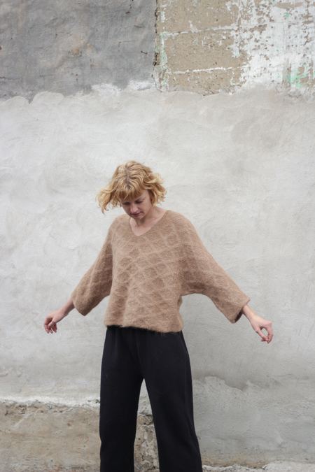 Wol Hide Quilted Loose Pullover - Fawn