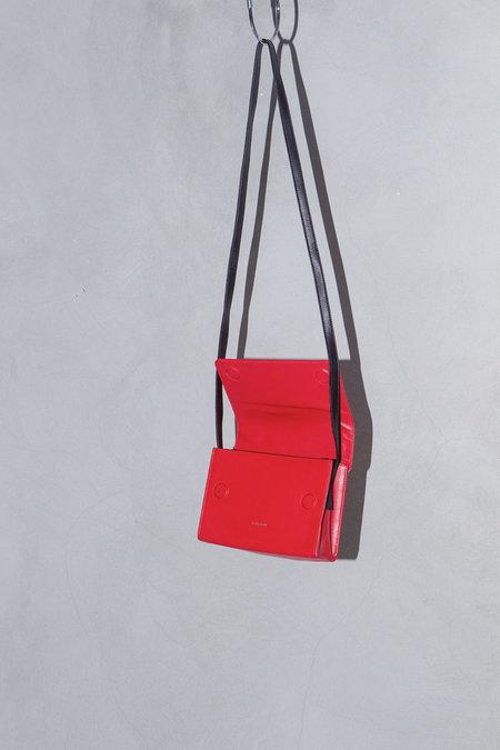 XENAB LONE CALFSKIN CROSSBODY BAG - RED