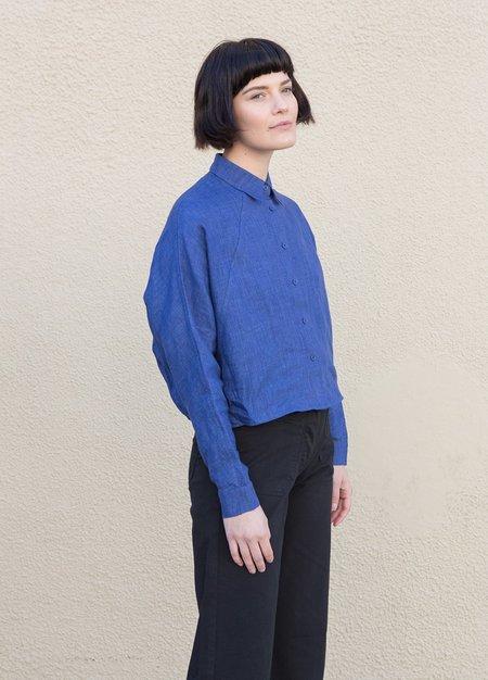 7115 by Szeki Cropped Shirt Jacket - Indigo