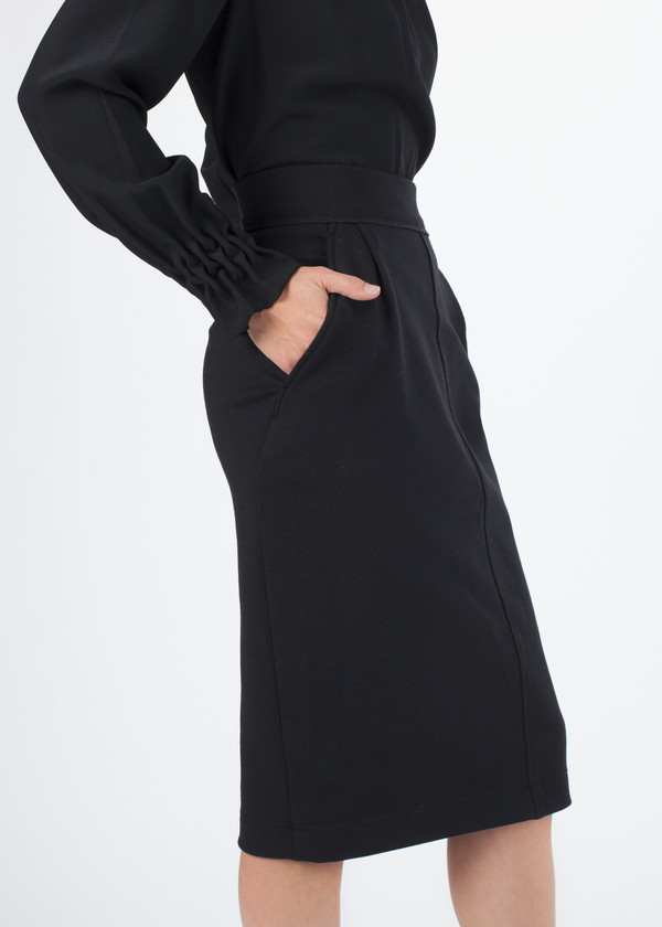 Amelia Toro Fitted Skirt