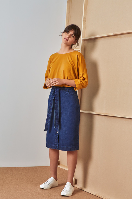 Kowtow Building Block Relaxed Long Sleeve Top in Amber