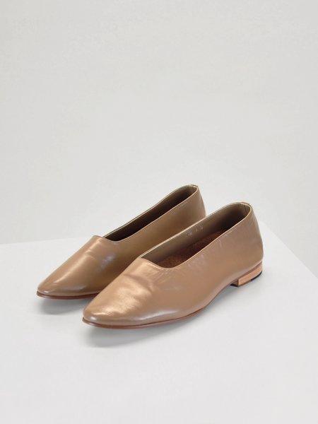 Ali-OL Glove Shoe - Tan