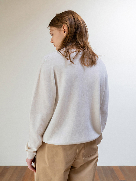 LE Whole Garment Round Knit Pullover - Ivory