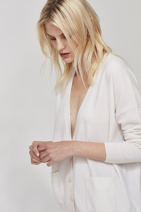 Laing Home The Cashmere Boyfriend Cardigan - Ivory
