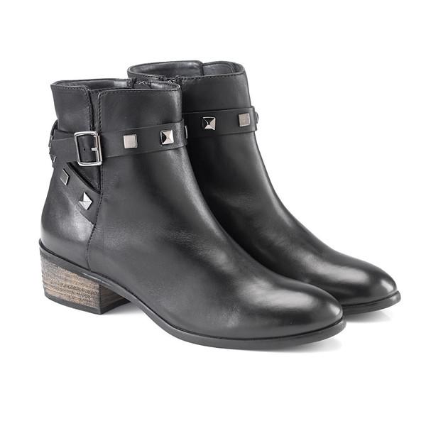 Artemisia Selene Black Leather Ankle Boots