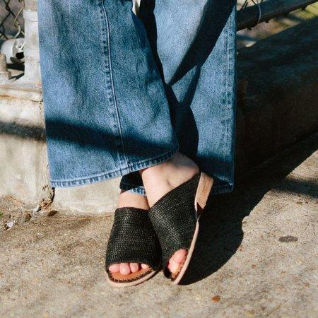 Proud Mary Open Toe Slide - Black