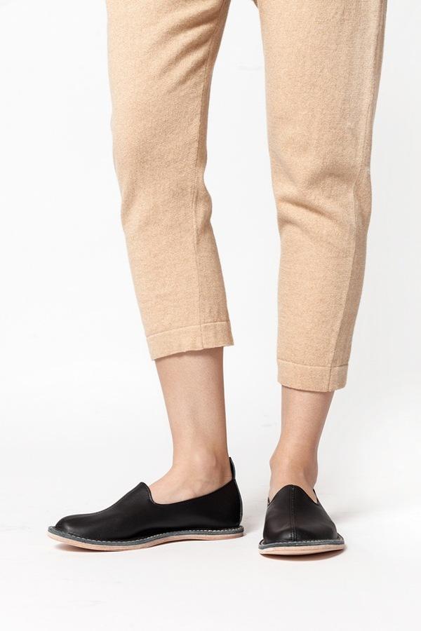 Vayarta Leather Slip On - black