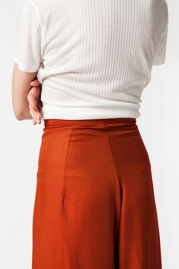 Kaarem Wind Lantern Pant - regale red orange