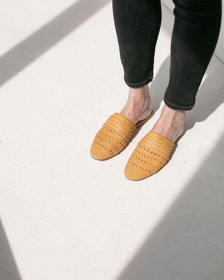 Salt + Umber Lily Slides - Mustard