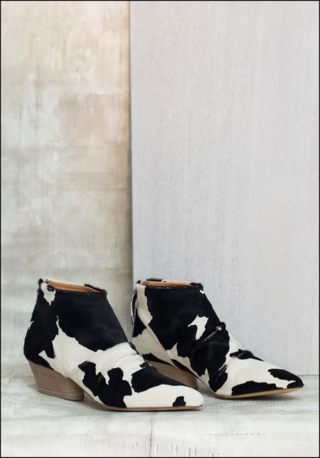 Halmanera Cowhide Leather Bootie