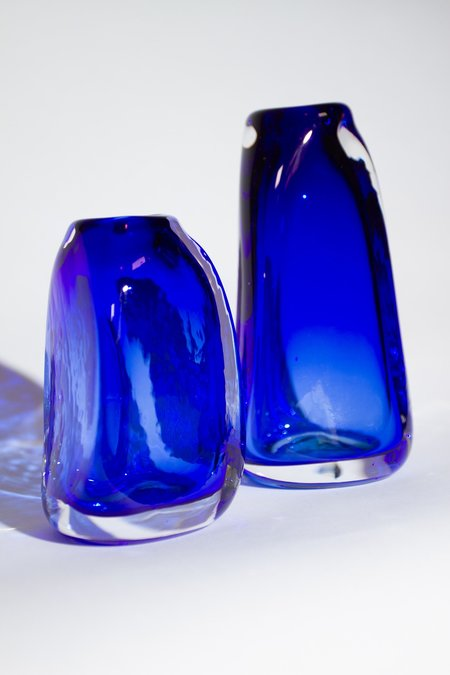 Bale Fire Glass Tall Suspension Vase - Sapphire
