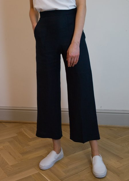 Bug Olivia Linen Trousers - Navy