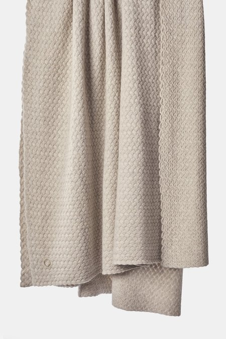 Oyuna Scala Lattice Knit Heavy Cashmere Throw - Beige