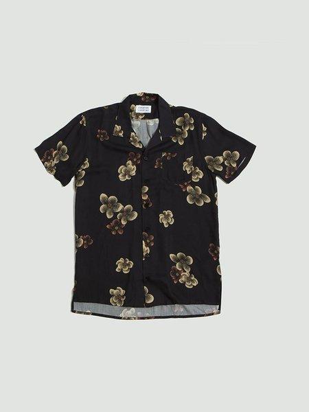 Libertine Libertine Cave Short Sleeve Shirt - Dark Flowers