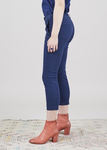 Aequamente Cropped Slim Pant - Marine