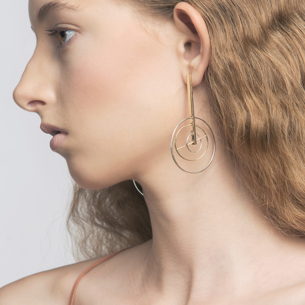 Metalepsis Projects Kinetic Earrings
