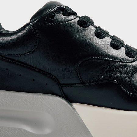 Alexander mcQueen Oversized Runner - black