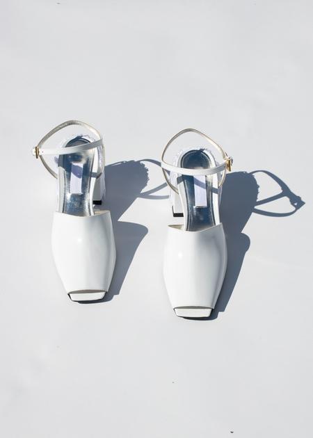Suzanne Rae Fringe Back Sandal in White