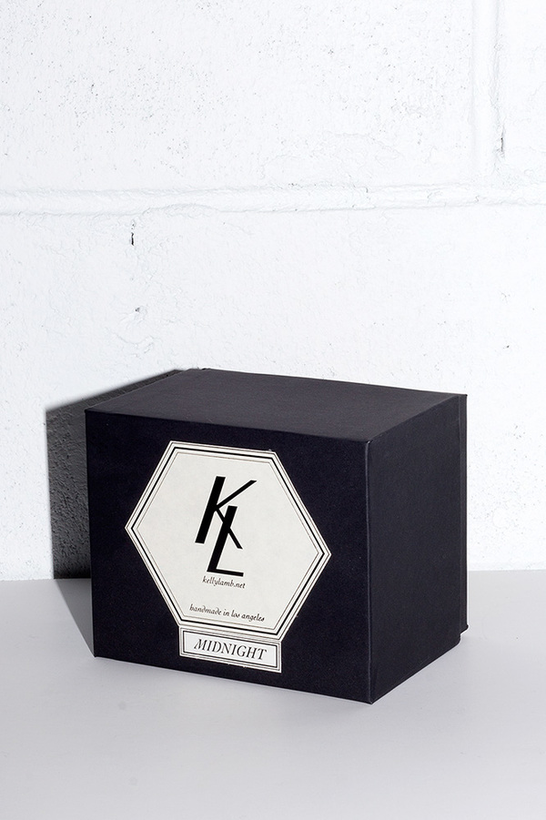Kelly Lamb EVER CANDLE in MIDNIGHT
