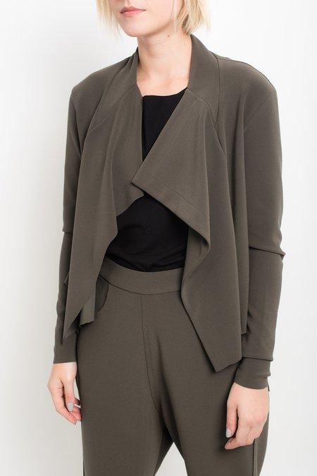 Uma Raquel Davidowicz mana jacket