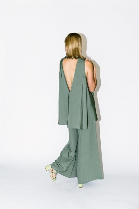 KAAREM tao low v back silk tank top - moss green