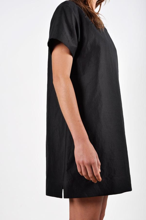 Waltz Drop Shoulder T-shirt Dress in Black Linen/Cotton Twill