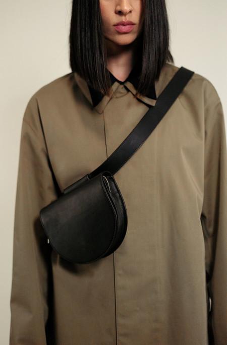 ASHYA Palmetto Mini Belt Bag - Onyx