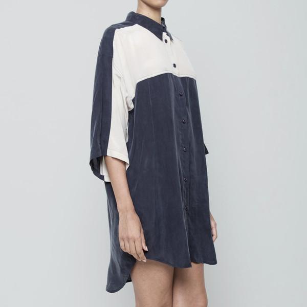7115 by Szeki Panel Cocoon Shirtdress