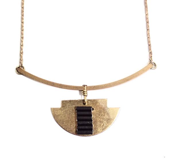 Alchemilla Stone Path Necklace