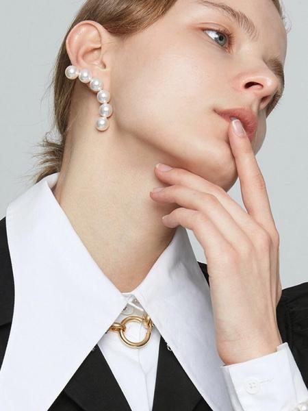 MONDAY EDITION Arc Shape Pearl Earrings - white