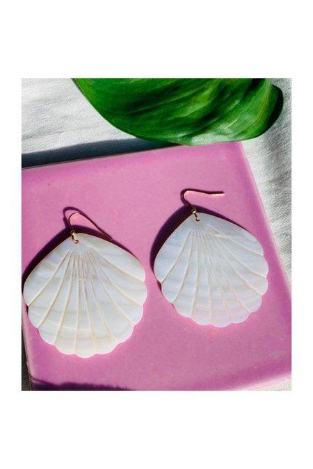 Casa Clara Shell Catalina Earrings