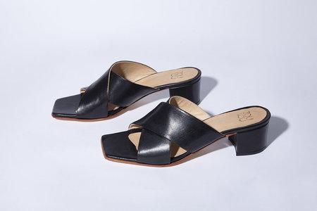 Zou Xou Denu Slide - Black