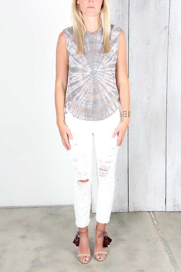 RAQUEL ALLEGRA MUSCLE T IN SMOKE TIE DYE