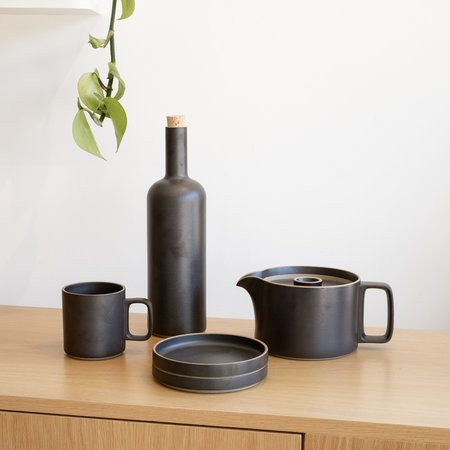 Hasami Porcelain Bottle - Black