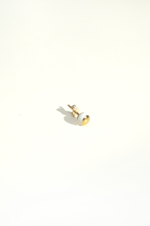 Jujumade 14k gold dot earring
