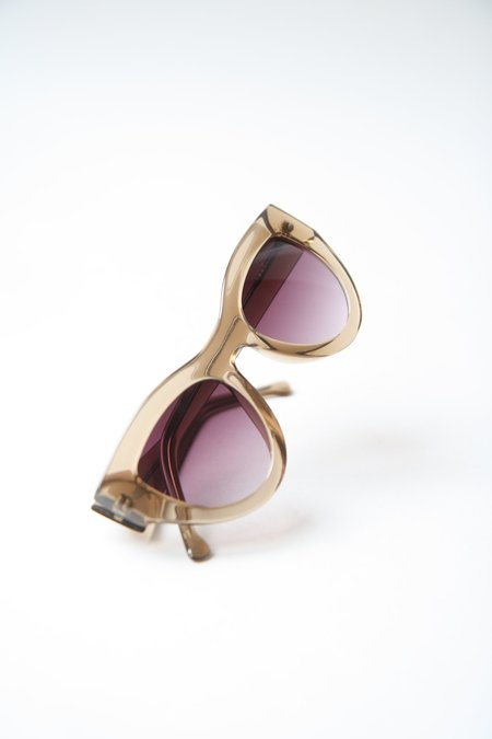 KOMONO Phoenix Cat Eyes Sunglasses - Latte