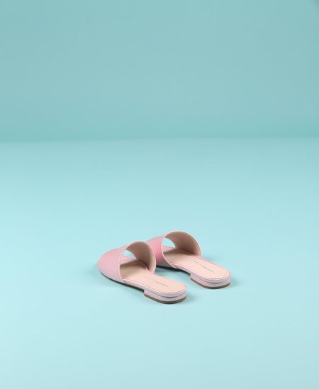 """INTENTIONALLY __________."" Jessica Sandal - Pink"