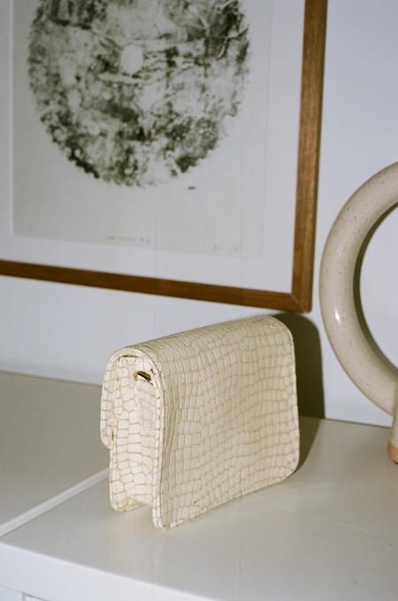 Clyde Delta Waist Bag - Cream Croc
